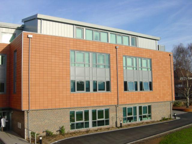 伦敦国王学院数字资产与媒体管理成功案例