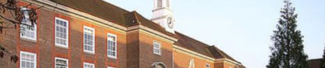 法尔茅斯大学学院